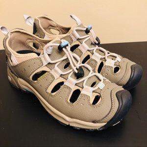 Keen Butte Hiking Shoes Sandals Sz 8 Outdoors